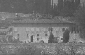 VILLA ALBIZI A NIPOZZANO, SENTIERO 21